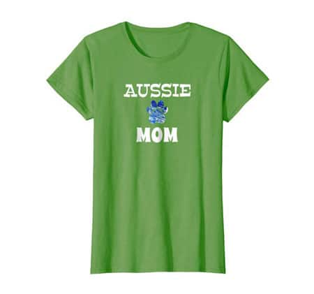 Aussie Mom women's dog t-shirt grass
