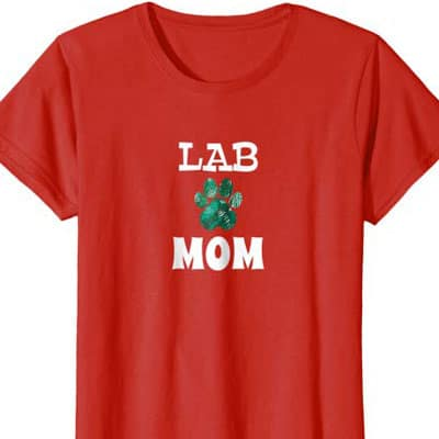 Barking Laughs Dog Mom shirt for the lab
